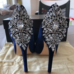 Badgley Mischka Blue Embellished Pumps NWT